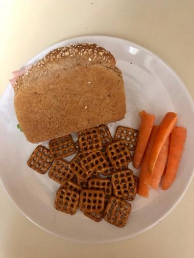 Sandwich, Pretzels, Carrots